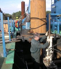 Draagbaar apparaat op ponton